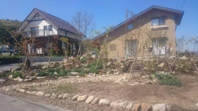 雑木林風の庭つくり、飯田市庭つくり、外構工事、ガーデン