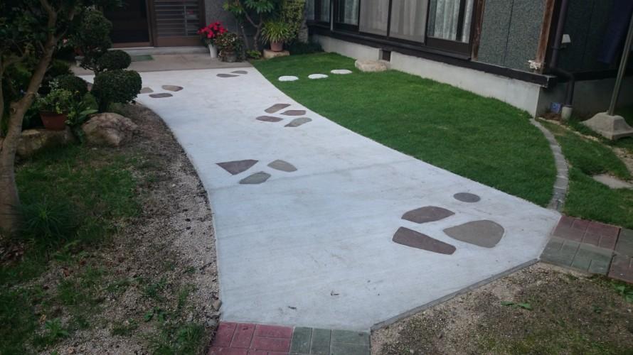 コンクリートアプローチ、庭つくり、外構工事、ガーデン、ガーデニング