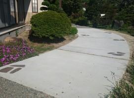 駐車場コンクリート、飯田市庭つくり、外構工事、ガーデン、ガーデニング